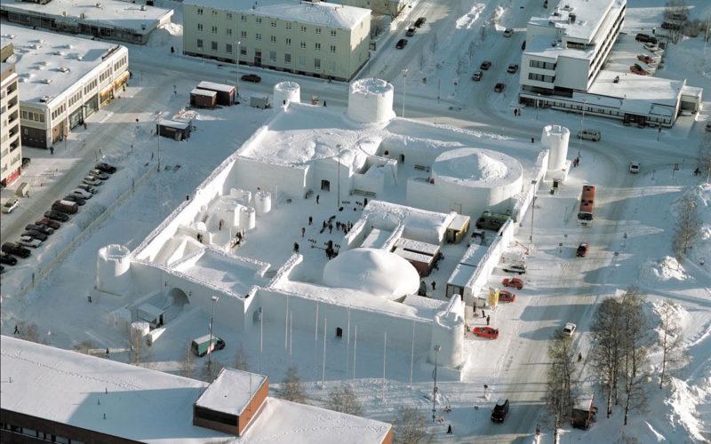 Снежный замок LumiLinna вид сверху г. Кеми